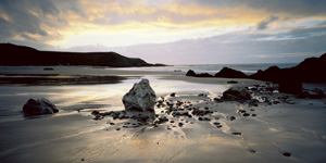 QuayGallery.net Whistling Sands at Porthor, Gwynedd by Joe Cornish, canvas poster